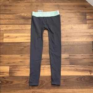 Gym shark fit leggings - size small